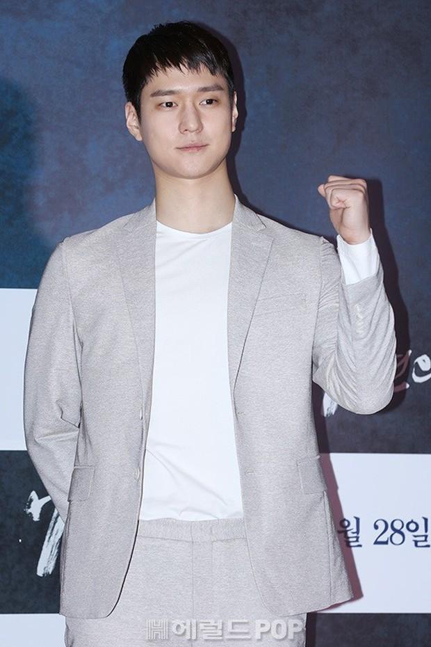 Jang Dong Gun mời cả dàn sao hạng A siêu khủng: Suzy lép vế trước Yoona sexy, Minho đọ với loạt mỹ nam - Ảnh 33.