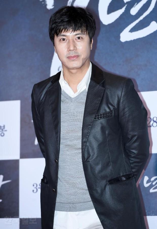 Jang Dong Gun mời cả dàn sao hạng A siêu khủng: Suzy lép vế trước Yoona sexy, Minho đọ với loạt mỹ nam - Ảnh 37.