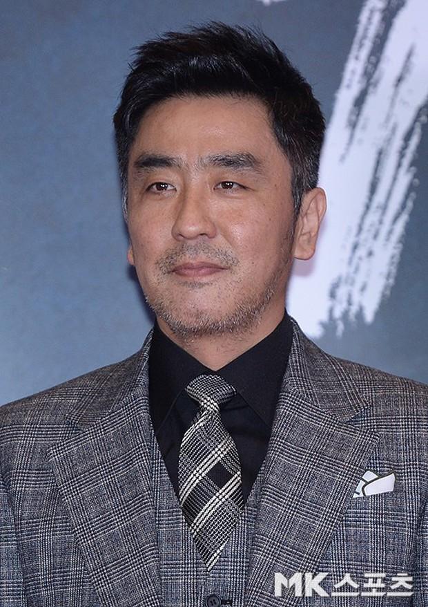 Jang Dong Gun mời cả dàn sao hạng A siêu khủng: Suzy lép vế trước Yoona sexy, Minho đọ với loạt mỹ nam - Ảnh 35.