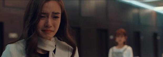 """Angela Baby trong """"Thành Phố Dục Vọng: Đến cảnh khóc cũng diễn kém hơn nữ phụ! - Ảnh 3."""