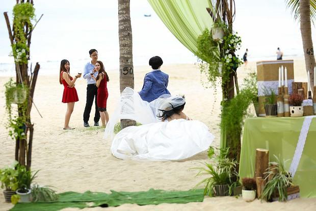 Clip: Hoài Lâm té sấp mặt giữa bãi biển khi làm... cô dâu - Ảnh 5.