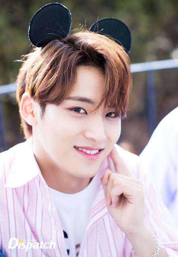 Dispatch tung bộ ảnh hội tụ dàn mỹ nam đẹp nhất xứ Hàn: Dân tình đồng loạt xin chết, không chọn nổi ai đẹp hơn - Ảnh 21.