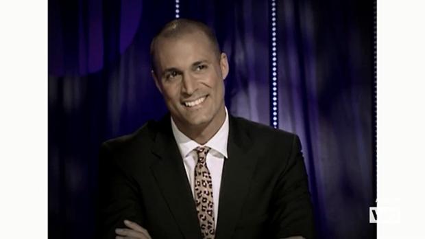 Bất ngờ với ngoại hình trẻ mãi không già của Host The Face Mỹ! - Ảnh 6.