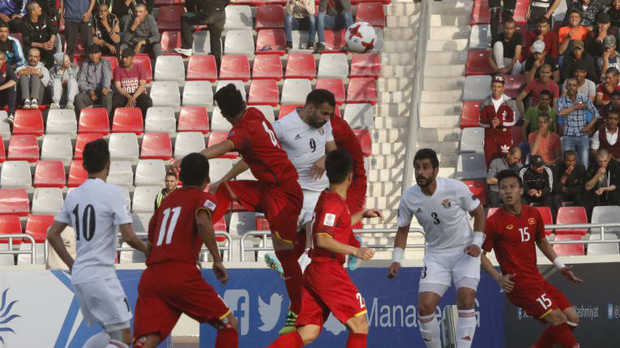 Tiếp đà từ U23 châu Á, Việt Nam tiếp tục bất bại trước đại gia Tây Á - Ảnh 4.