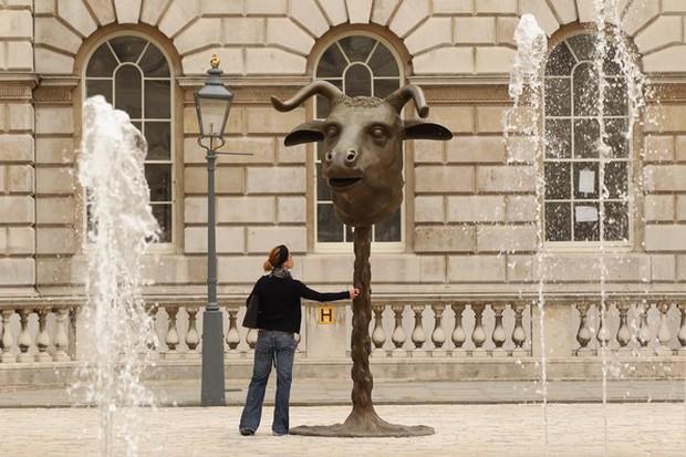 Cùng chung số phận là tượng 12 con giáp, những bức tượng này lại được ngợi khen vì thần thái xuất sắc! - Ảnh 4.