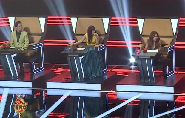 Phương Thanh chọn sai trang phục, lộ vòng 2 kém thon gọn trên ghế giám khảo - Ảnh 4.