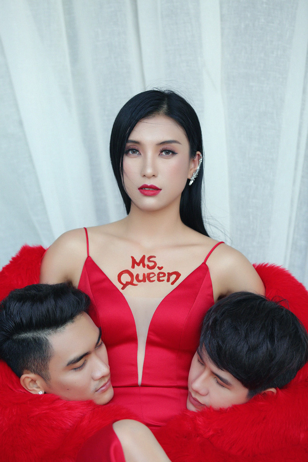 Tiêu Châu Như Quỳnh kể chuyện tình tay 3 đầy đam mỹ trong MV mới, hé lộ tạo hình ấn tượng ôm đầu cho dự án tiếp theo - Ảnh 2.