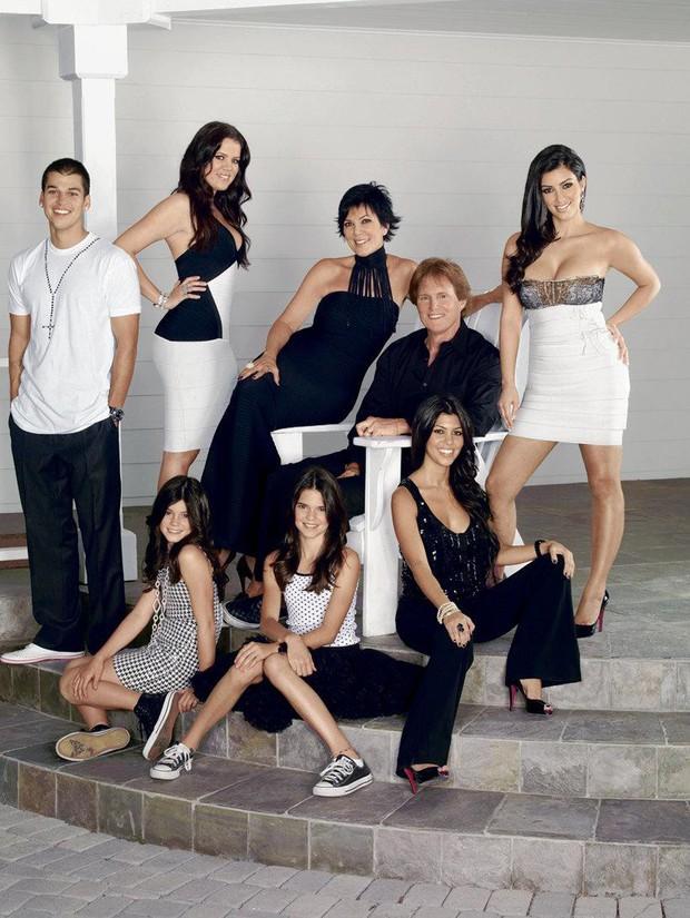 Đây mới là Nữ chúa thực sự của nhà Kardashian: Bộ óc tài ba làm nên đế chế triệu đô của 6 người con - Ảnh 6.