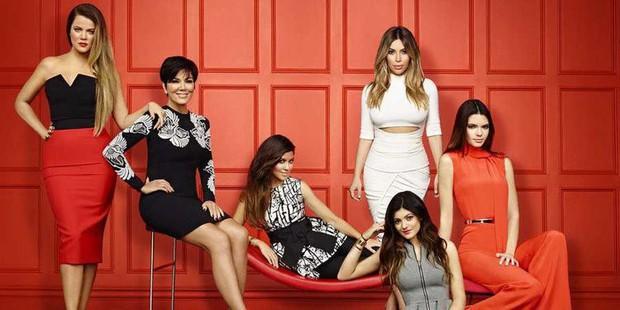 Đây mới là Nữ chúa thực sự của nhà Kardashian: Bộ óc tài ba làm nên đế chế triệu đô của 6 người con - Ảnh 2.