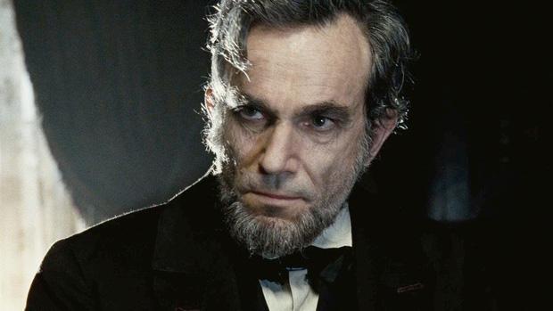 3 tác phẩm từng giúp bậc thầy diễn xuất Daniel Day-Lewis ẵm tượng vàng Oscar danh giá - Ảnh 8.