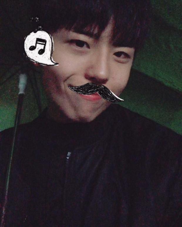 Chàng trai với gương mặt giống hệt Park Bo Gum, đến fan ruột còn tưởng đây là thần tượng thời trẻ - Ảnh 6.
