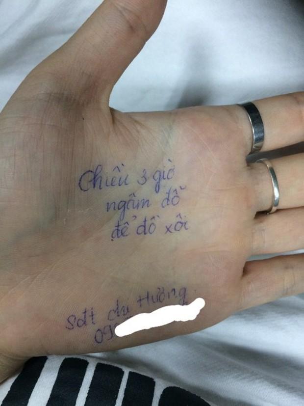 Chùm ảnh: Có những người sống mà không cần giấy nhớ, họ luôn ghi mọi thứ lên tay - Ảnh 3.