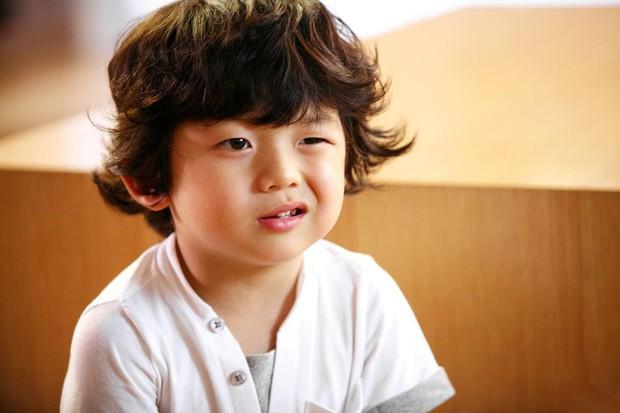 Trịnh Thăng Bình, Kiều Trinh và bé Coca đã làm tròn vai diễn trong Ông Ngoại Tuổi 30 chưa? - Ảnh 9.