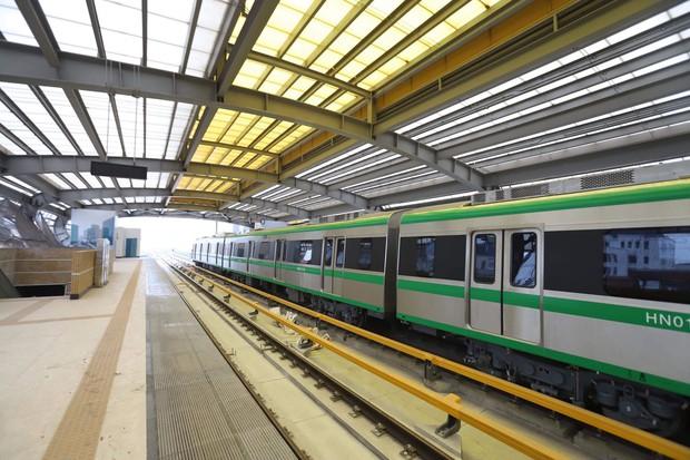 Dự án đường sắt Cát Linh - Hà Đông tưởng chừng sắp đưa vào vận hành nhưng lại... hoãn - Ảnh 1.