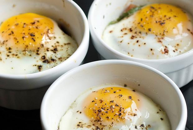 Thay vì uống cà phê vào buổi sáng, bạn nên bổ sung những loại thực phẩm này để cải thiện sự tập trung - Ảnh 1.