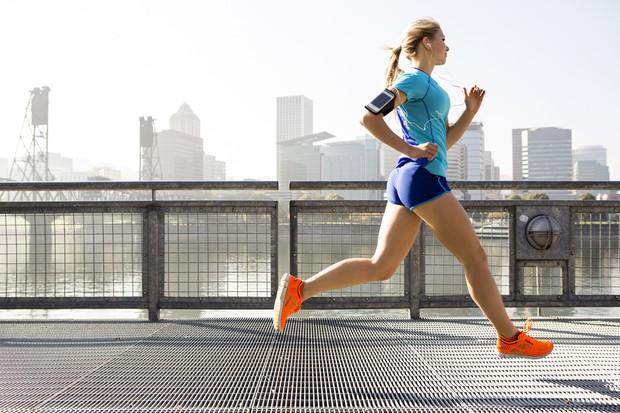 3 bài tập vừa kết hợp rèn luyện tim mạch, vừa làm săn chắc cơ bắp mà bạn nên thử ngay - Ảnh 1.