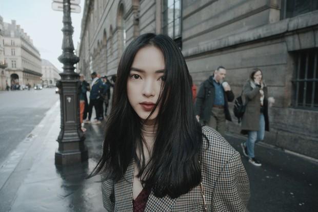 Châu Bùi được trang tin dành cho giới trẻ Đài Loan khen hết lời vì mặc quá chất - Ảnh 4.