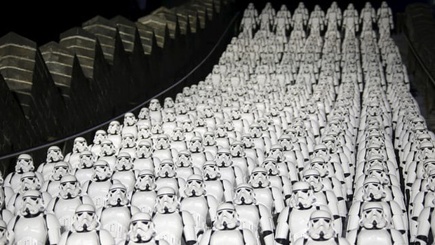 Bất chấp nỗ lực chiều lòng khán giả, Hollywood vẫn đang thất thế tại phòng vé Trung Quốc - Ảnh 2.