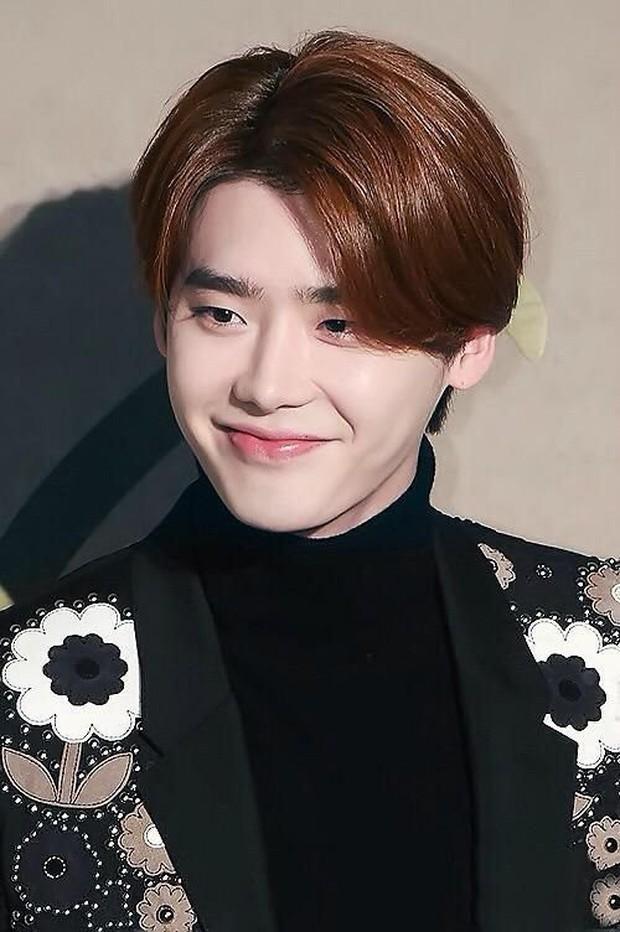 Những lần lộ mặt phấn loang lổ nhớ đời của mỹ nam xứ Hàn: Trai đẹp cũng có ngày bị dìm vì tham trắng - Ảnh 15.