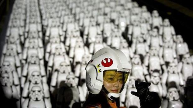 Bất chấp nỗ lực chiều lòng khán giả, Hollywood vẫn đang thất thế tại phòng vé Trung Quốc - Ảnh 3.