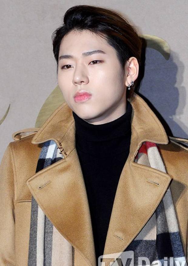 Những lần lộ mặt phấn loang lổ nhớ đời của mỹ nam xứ Hàn: Trai đẹp cũng có ngày bị dìm vì tham trắng - Ảnh 36.