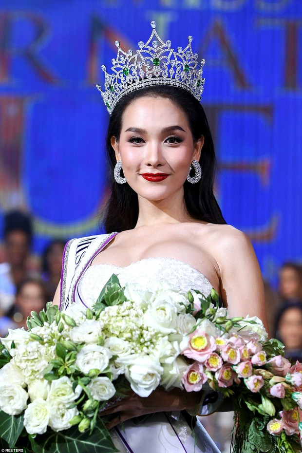 Hành trình dậy thì thành công của các mỹ nhân chuyển giới nổi tiếng nhất châu Á - Ảnh 16.