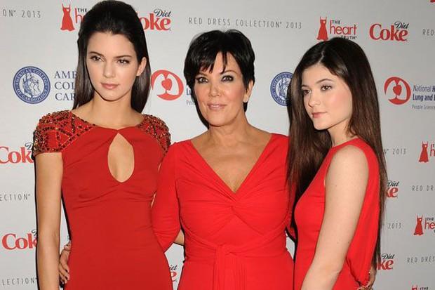Đây mới là Nữ chúa thực sự của nhà Kardashian: Bộ óc tài ba làm nên đế chế triệu đô của 6 người con - Ảnh 12.