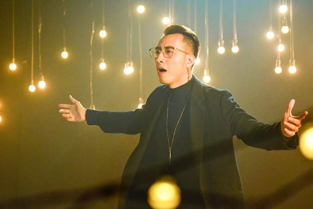 Yêu là tha thu trở thành MV nhạc phim thứ hai cán mốc trăm triệu lượt xem trên Youtube - Ảnh 3.