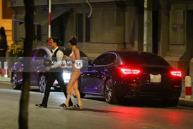 Clip: Rời sự kiện, Hà Hồ lái xe chở Kim Lý vượt đèn đỏ lúc nửa đêm - Ảnh 14.