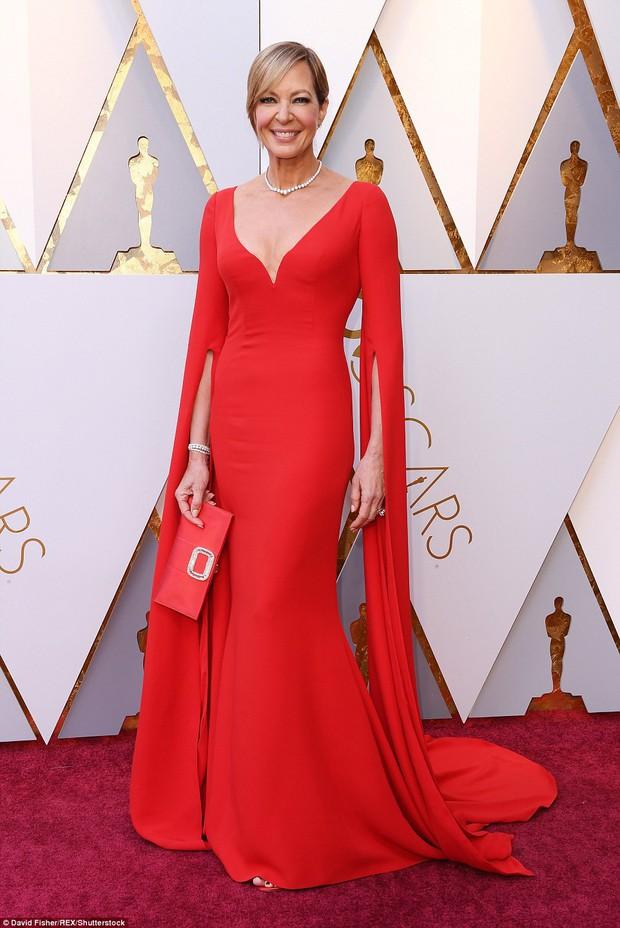 Thảm đỏ Oscar 2018 biến thành dạ hội lộng lẫy cho các công chúa Lọ Lem đẹp nhất thế giới - Ảnh 21.