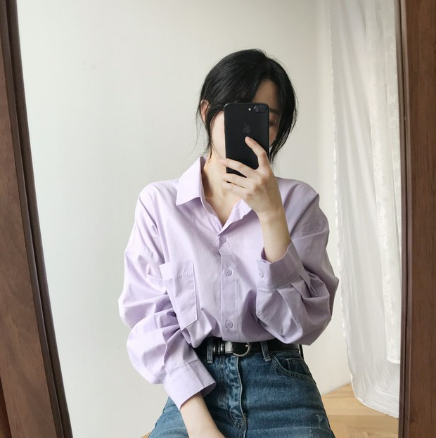 Tưởng sến mà lại xinh bất ngờ, sơ mi màu tím lavender dễ trở thành chiếc áo hot nhất mùa xuân này mà bạn nên để mắt tới - Ảnh 8.