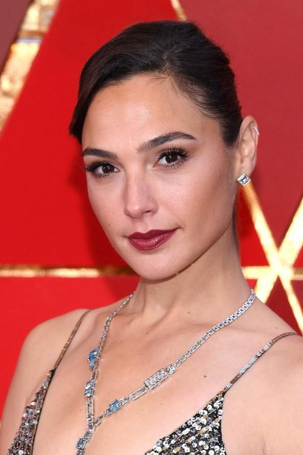 15 mỹ nhân trang điểm đẹp nhất lễ trao giải Oscar 2018 - Ảnh 11.