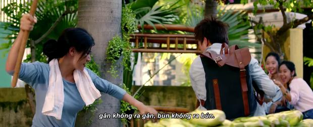 Hoài Lâm bị lột sạch đồ, lôi cổ về đồn công an và lãnh... bạt tai trong Cô Nàng Ngổ Ngáo bản Việt - Ảnh 10.