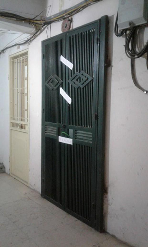Khởi tố, bắt khẩn cấp ca sỹ Châu Việt Cường để làm rõ vụ cô gái trẻ tử vong trong căn hộ tập thể - Ảnh 2.