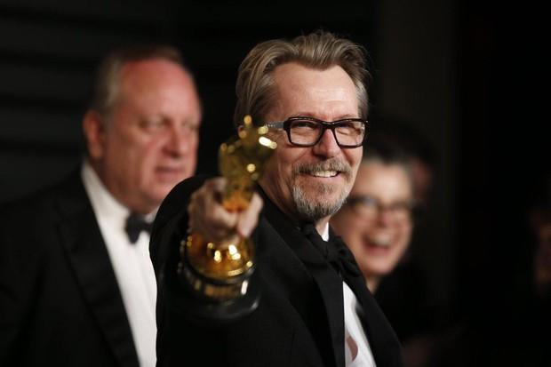 Tượng vàng Oscar còn chưa ấm tay, Gary Oldman bị nhắc lại chuyện hành hung vợ trong quá khứ - Ảnh 5.