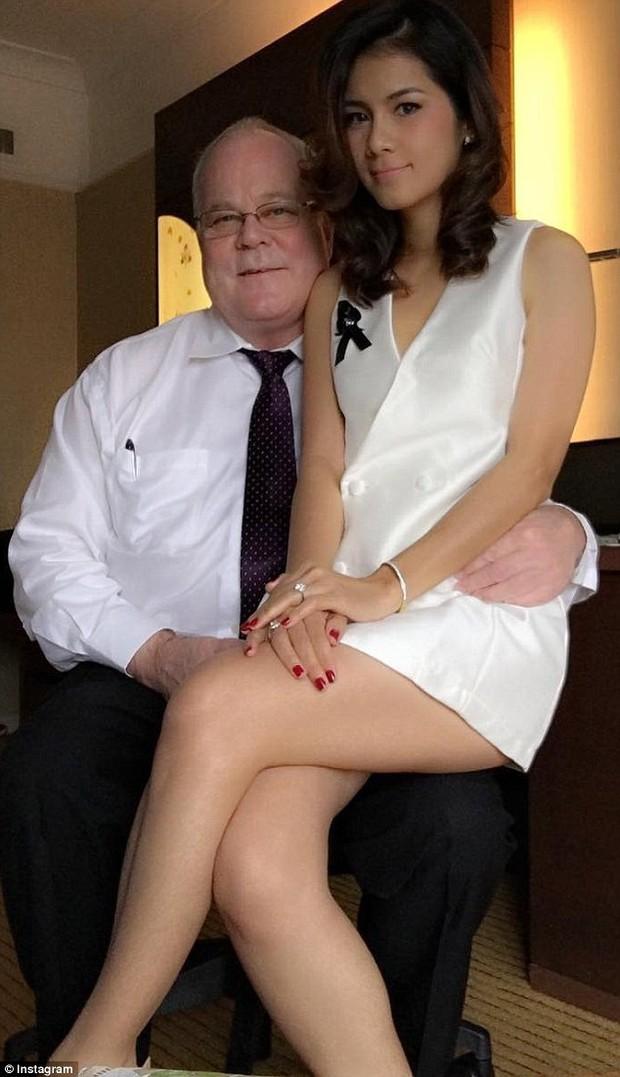 Cựu ngôi sao phim đen ly hôn người chồng tỉ phú, khẳng định mình không phải kẻ đào mỏ - Ảnh 3.