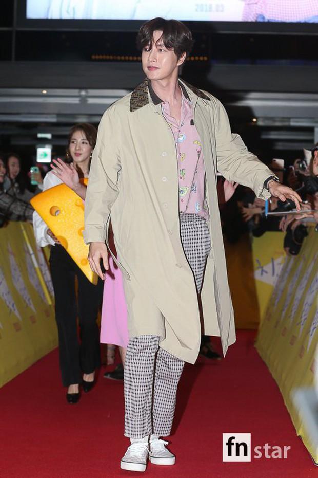 Gần 40 sao Hàn hội tụ tại sự kiện siêu khủng: Cương thi và ác nữ khoe chân dài khó tin, đánh bật dàn mỹ nhân chị đại - Ảnh 26.