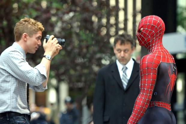 """Spider-Man của Tom Holland xuất hiện ở phim riêng về """"kẻ thù không đội trời chung"""" Venom - Ảnh 4."""