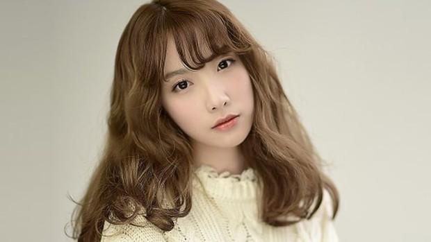 Bản sao Taeyeon phấn khích khi được gặp thần tượng Changmin (DBSK) - Ảnh 7.