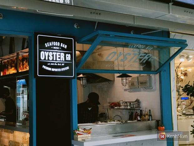 Dạo một vòng ăn uống trong khu tổ hợp ăn chơi mới toanh tại Sài Gòn - Ảnh 9.
