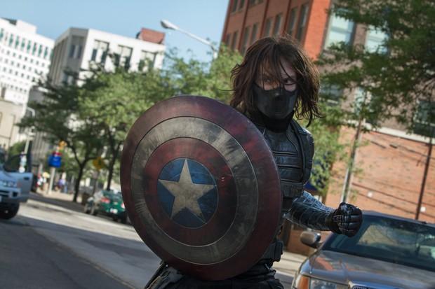 Đạo diễn Infinity War đổi ảnh đại diện, fan Captain America đồng loạt khóc thét - Ảnh 7.