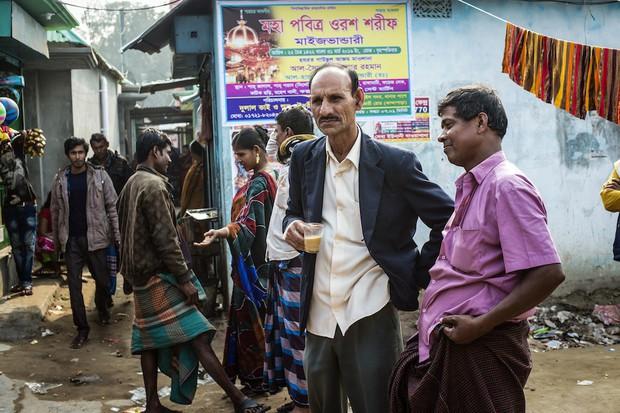 Những mảnh đời buồn tủi ở phố mại dâm 200 tuổi tại Bangladesh: Tảo hôn, tình dục vị thành niên và nhiều niềm hạnh phúc dở dang - Ảnh 3.
