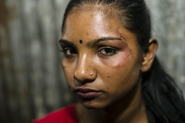Những mảnh đời buồn tủi ở phố mại dâm 200 tuổi tại Bangladesh: Tảo hôn, tình dục vị thành niên và nhiều niềm hạnh phúc dở dang - Ảnh 11.