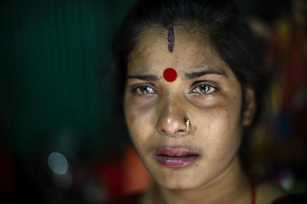 Những mảnh đời buồn tủi ở phố mại dâm 200 tuổi tại Bangladesh: Tảo hôn, tình dục vị thành niên và nhiều niềm hạnh phúc dở dang - Ảnh 15.