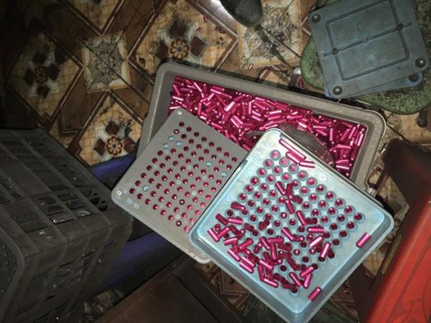 Rùng mình vào nơi sản xuất sản phẩm hỗ trợ điều trị ung thư từ bột than - Ảnh 7.