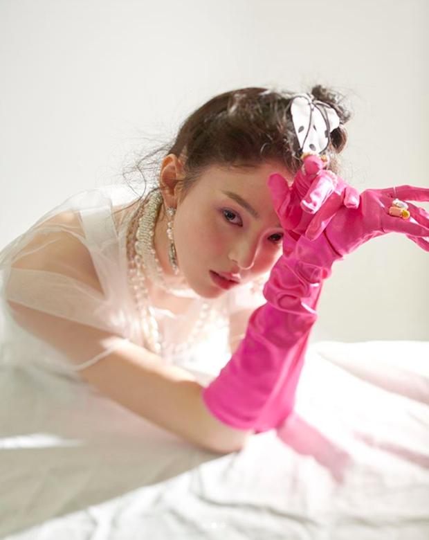 Chỉ đóng vai phụ, tân binh xứ Hàn bỗng gây chú ý vì quá giống Song Hye Kyo - Ảnh 6.