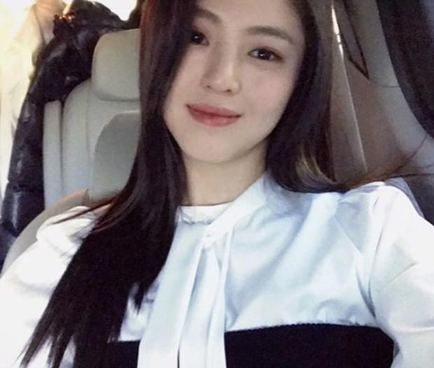 Chỉ đóng vai phụ, tân binh xứ Hàn bỗng gây chú ý vì quá giống Song Hye Kyo - Ảnh 4.