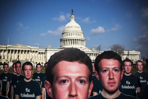 7 thắc mắc về scandal lộ data của Facebook ai cũng muốn biết mà ngại không hỏi - Ảnh 1.