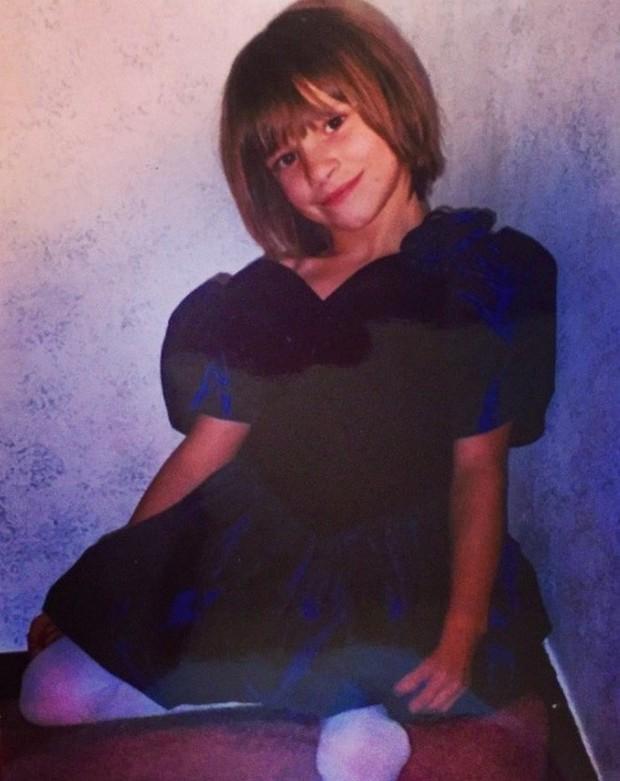 Năm 8 tuổi, cô bé bị cắt đi đôi chân, 15 năm sau điều không ai ngờ đã xảy ra - Ảnh 4.