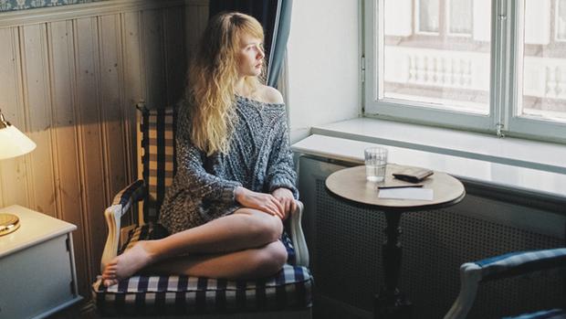 Những dấu hiệu cảnh báo tình trạng mất cân bằng hormone mà mọi cô gái cần biết - Ảnh 3.